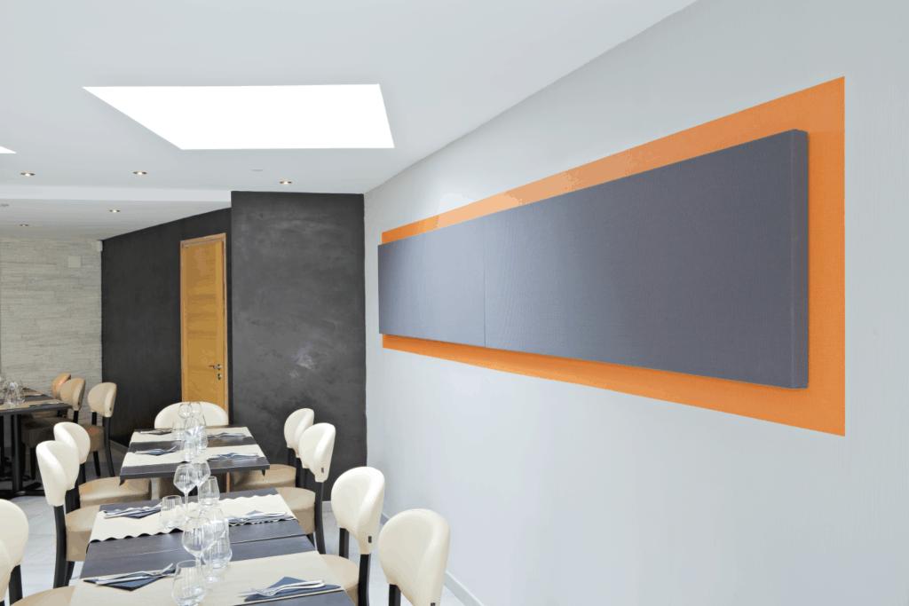 Akustikelement / stoffbezogen / Geräusch / Schall / Konferenzraum / Video / Lautstärke / Wand